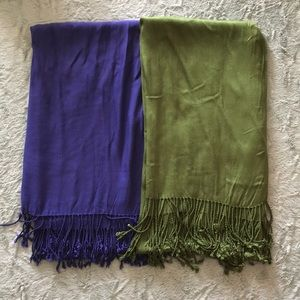 2 Jones New York scarves